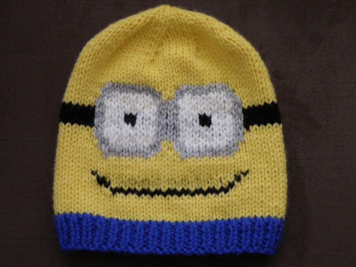 70c47e8a883 Bonnet Minion enfant au tricot taille   4 6 ans Aig N° 5.