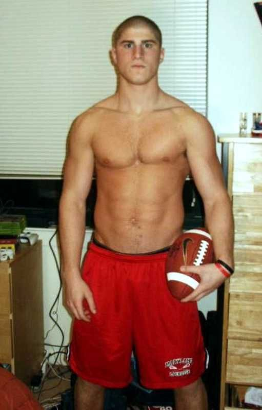 Hot Shirtless Football Player