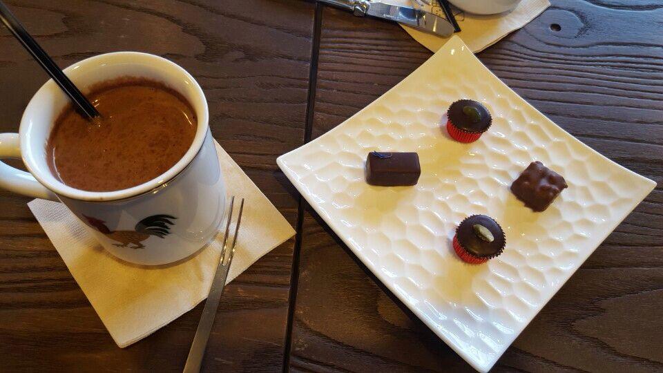 초콜릿과 초콜릿라떼;(
