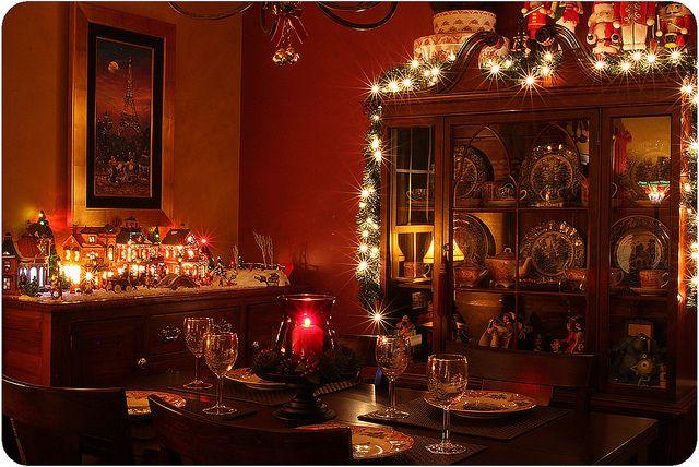 die besten 25 weihnachtsesszimmer ideen auf pinterest gold esszimmer weihnachtsk che und. Black Bedroom Furniture Sets. Home Design Ideas