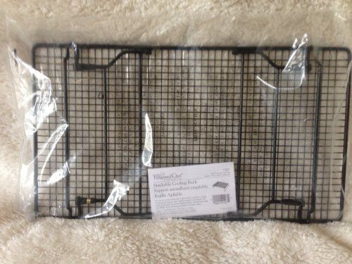 Pampered Chef Stackable Cooling Rack Details Can Be Found By