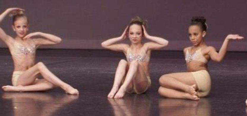 Girls ballet nude dancing