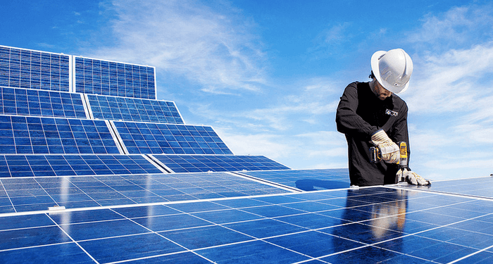 Solar Power Just Broke Another Record In The U S Solar Panels Solar Solar Panel Installation