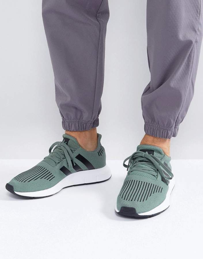 Adidas Originals Swift Run Sneakers In Grün CG4115 | Schuhe | Pinterest