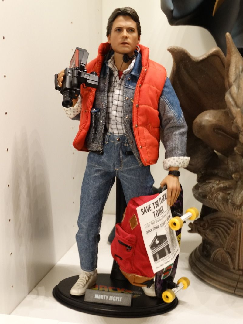 hot toys mms257 back to the future 1 6th scale marty mcfly collectible figure one sixth. Black Bedroom Furniture Sets. Home Design Ideas