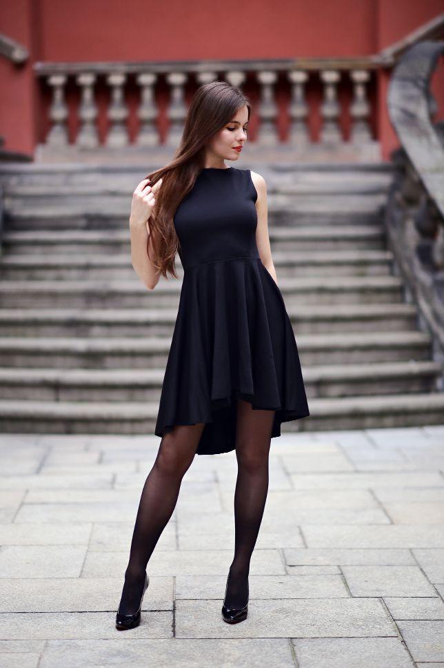 Czarna Sukienka Z Dluzszym Tylem Czarne Ponczochy Oraz Lakierowane Szpilki Ari Maj Personal Blog By A Dress With Stockings Fashion Tights Stockings Outfit