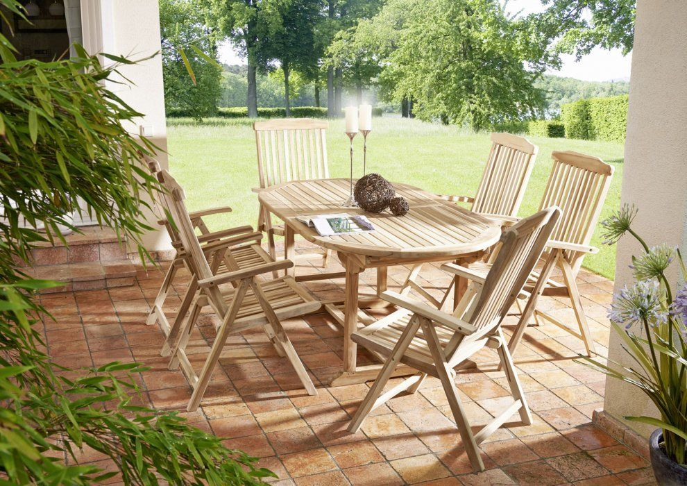 Mit Gartenmobeln Aus Teakholzplantagen Wie Diesem 7tlg Set Aruba Der Firma Sam Bestehend Aus Einem Ovalen Tisch Und Teak Gartenmobel Gartenmobel Sets Teak