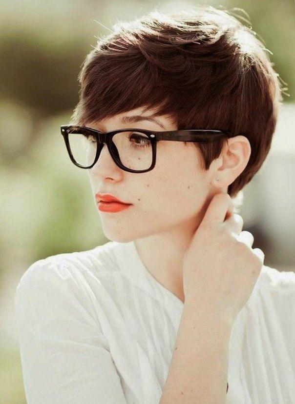 Kurzhaarfrisuren mit brille. #Frisurentrends ...