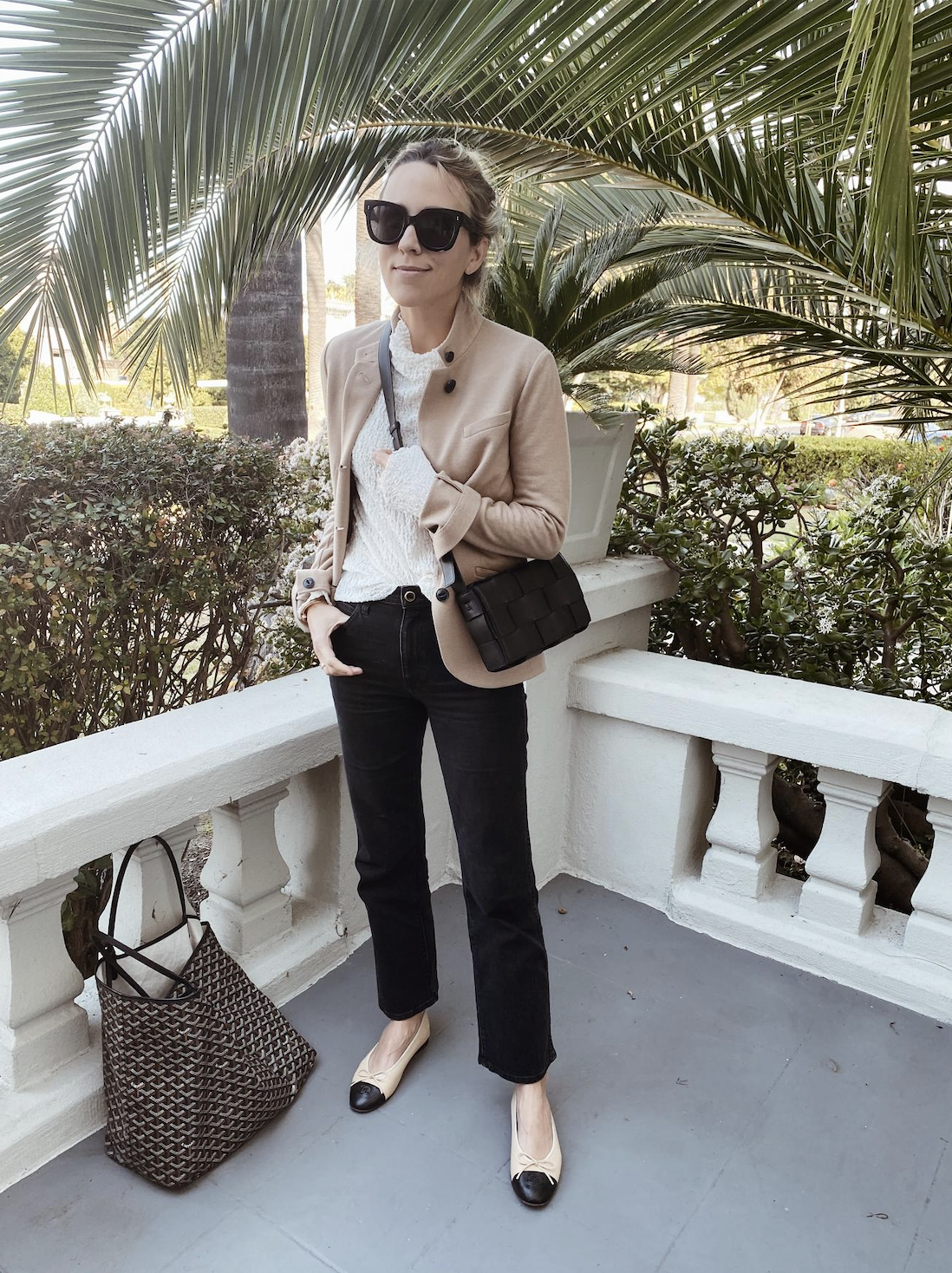 Preppy fall outfits, Beige outfit