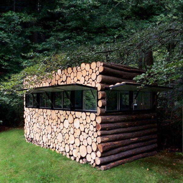 17 cabanes exceptionnelles pour vivre au plus proche de la for Cabane de rangement pour jardin