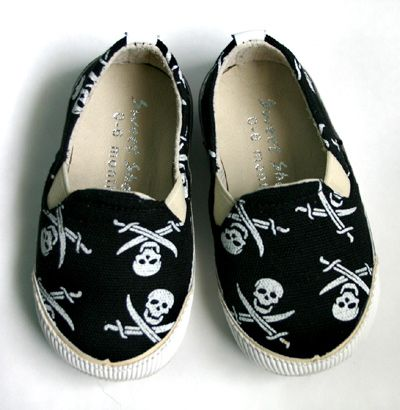 ba48c343ab87ca743d89fac33c0c6ce2 goth baby clothes alternative, black, goth & punk rock baby,Childrens Clothes And Shoes
