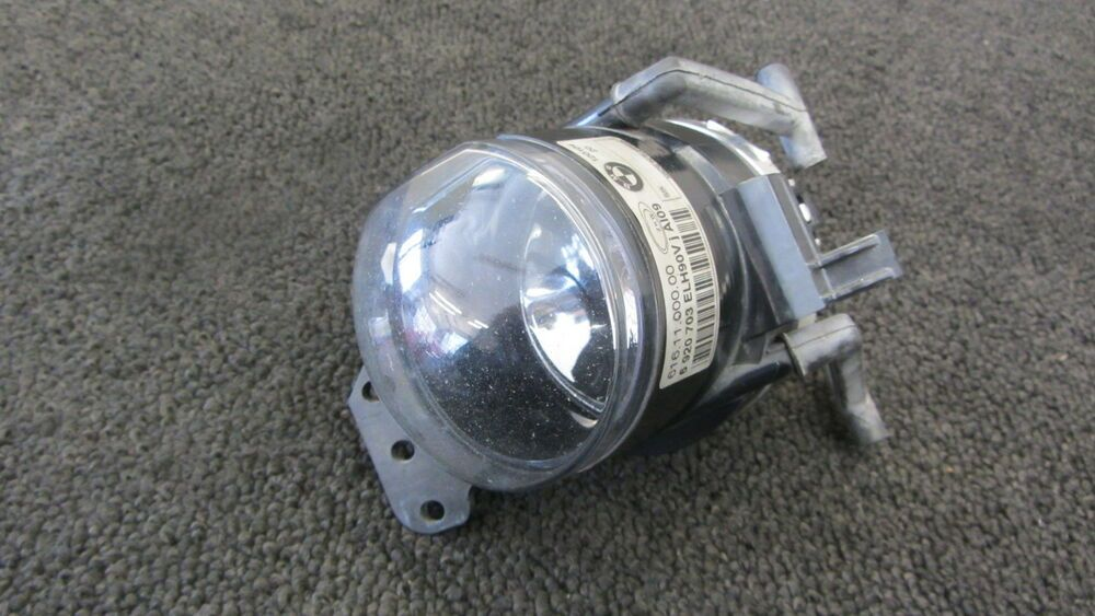 Ebay Sponsored 00 06 Bmw E46 330ci 325ci Fog Lamp Light Driver Left Lh 111514 Bmw E46 Fog Lamps Bmw