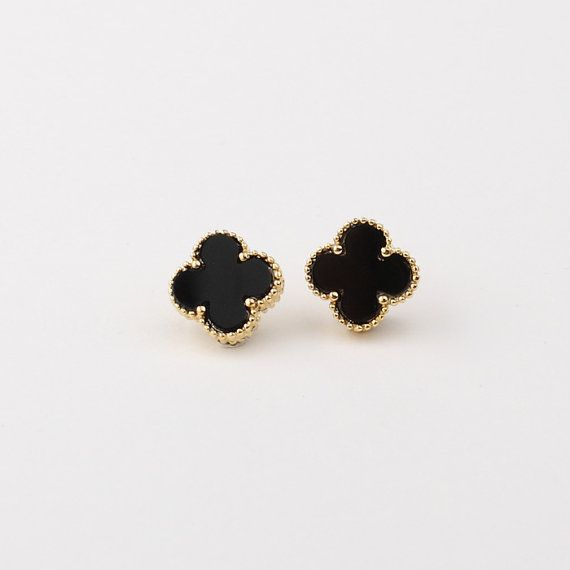 Lovely 12mm Black Onyx Four Leaf Clover Shaped Earrings Gold Material Plated Shipment Generally Your