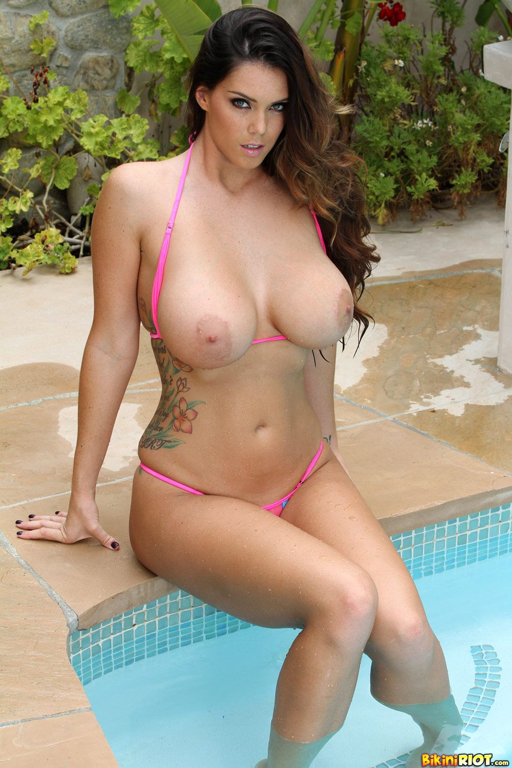 naked photos of alison tyler