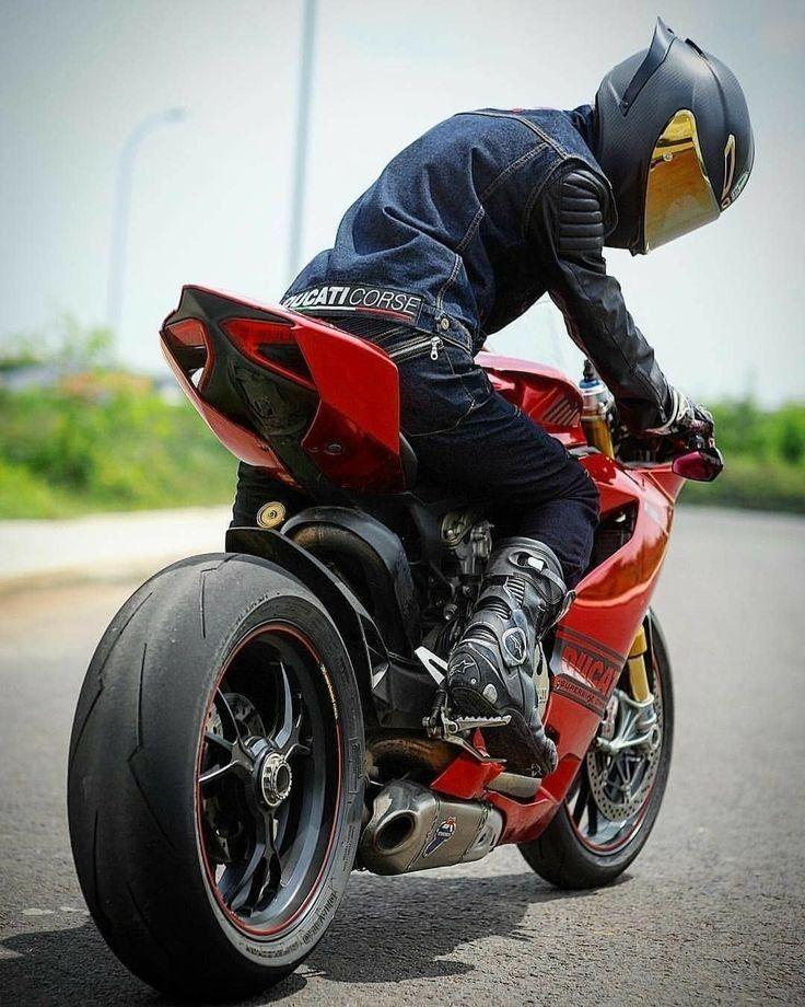 Картинки на аву со спортивными мотоциклами