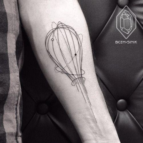Batidor Tatto Tatuajes Geometricos Tatuajes De Cocineros Tatuajes De Arte Corporal