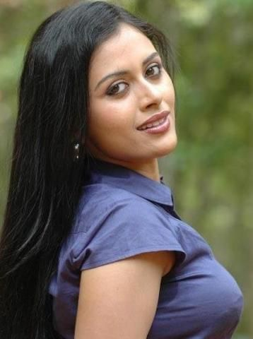 Dhanya Mary Varghese Dob  Koothattukulam Kerala Occupation Actress Model Septemberbirthdays Cinema Movies Cineresearch