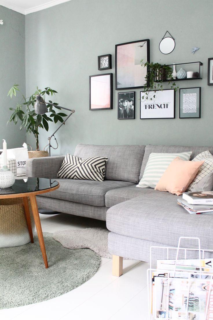 im Wohnzimmer - Interior Design ♡ Wohnklamotte #Esszimmer #Esszimmerwandgestal..., #bildenWo...