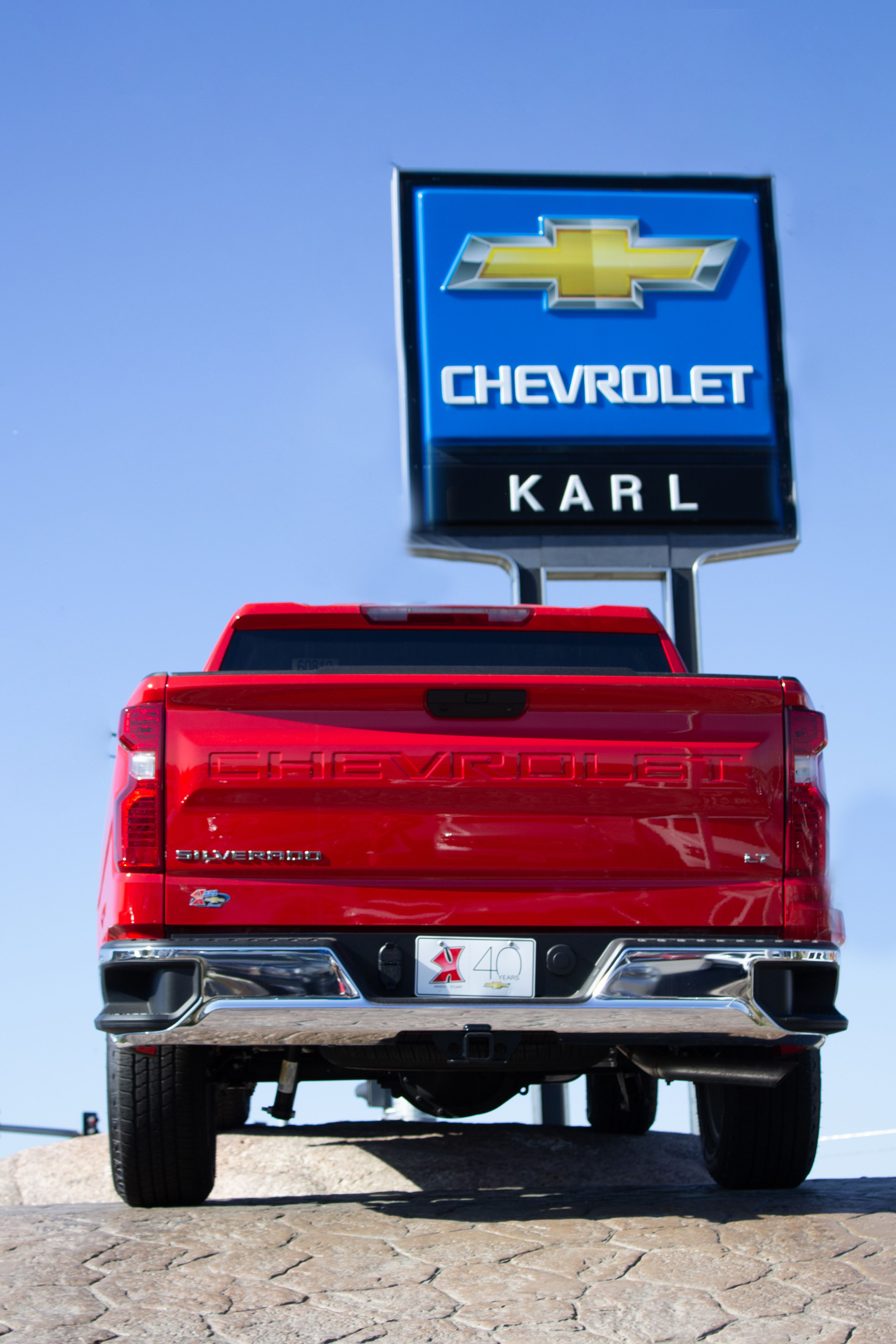 2019 Silverado Isnt Messing Around Did You Know It Has A Tailgate Assist No More Fighting Your Tailgate Chevrolet New Chevy Used Car Dealer