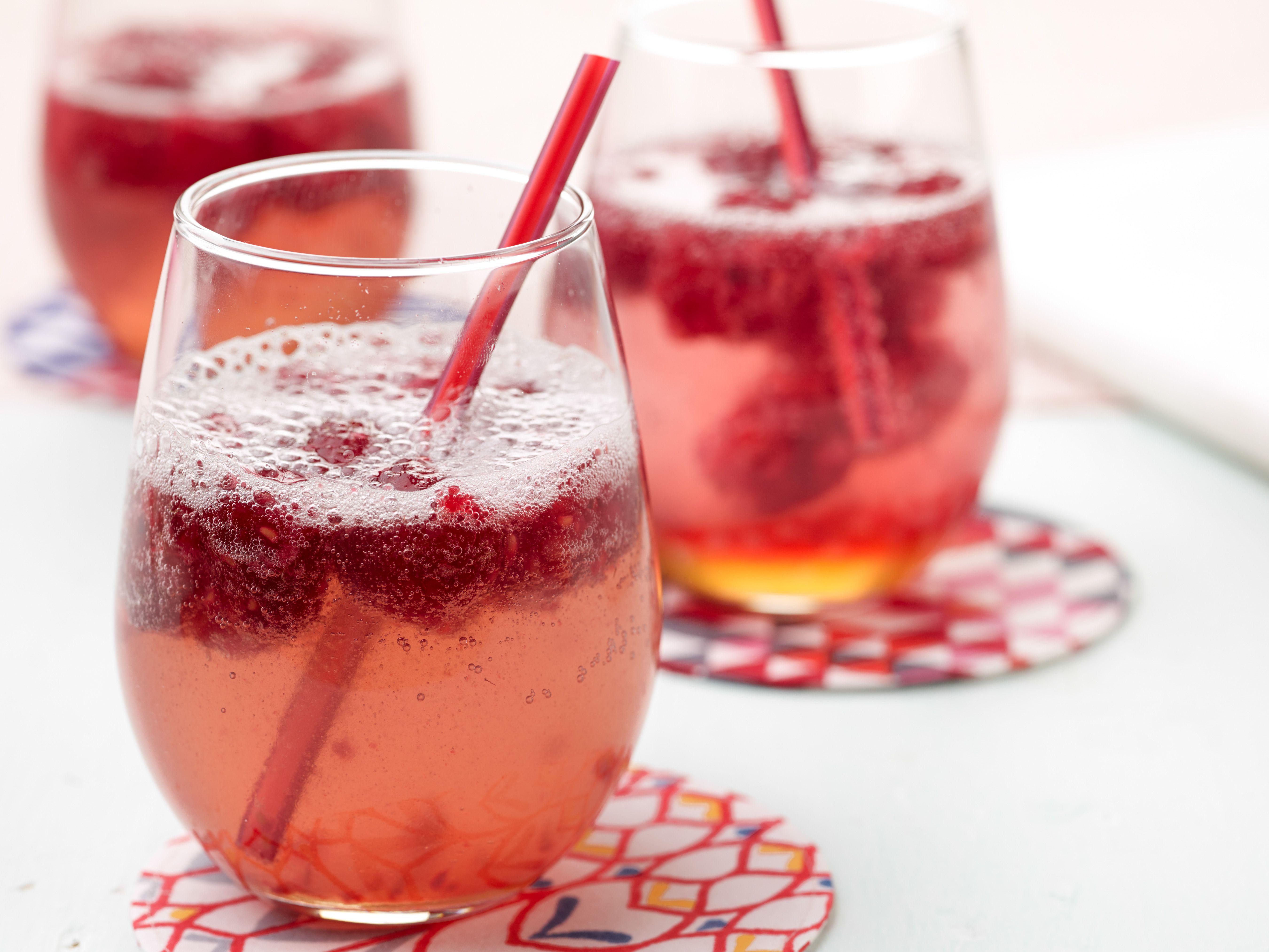 Raspberry Gingerale Bobby Flay Food Network Food Network Recipes Ginger Ale Raspberry Ginger Ale