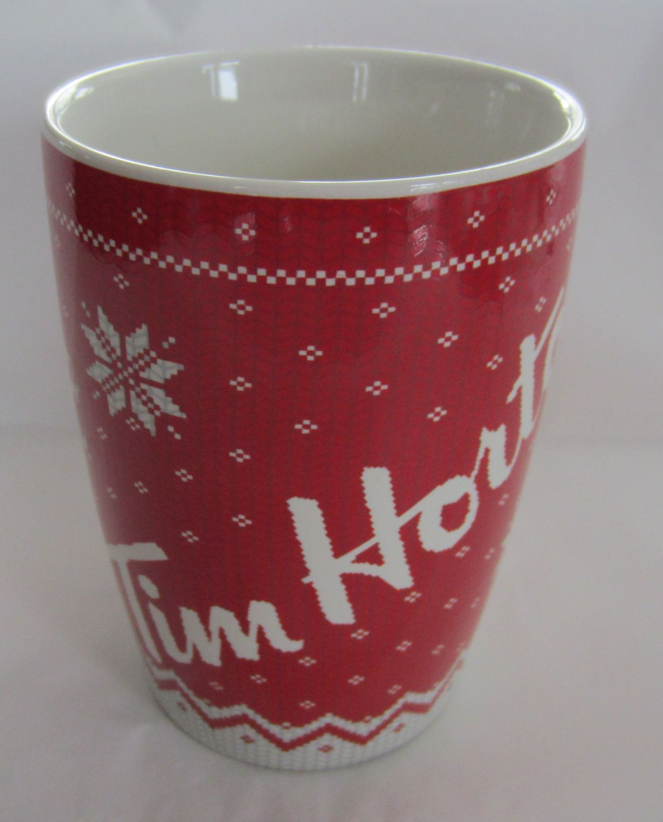 2015 Tim Hortons 015 Christmas Sweater Snowflake 16 Oz