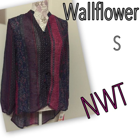 New with tags Wallflower hi-low boho tunic S Great with leggings or jeans. Pretty sheer, so I would recommend a pink or blue cami underneath.  Please do not submit offers on items priced $10 or less titled  final.  Offers will only be considered on before mentioned listings when submitted as part of a bundle. Thanks for stopping by my closet😘 Wallflower Tops Tunics