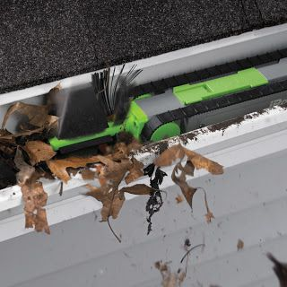 Reason Why I M Broke Gutter Cleaning Robot Cleaning Gutters Geeky Gadgets Cleaning Robot