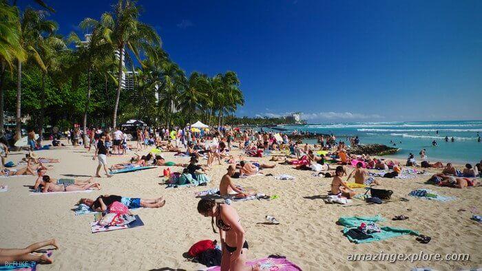 Waikiki Beach In Honolulu Oahu