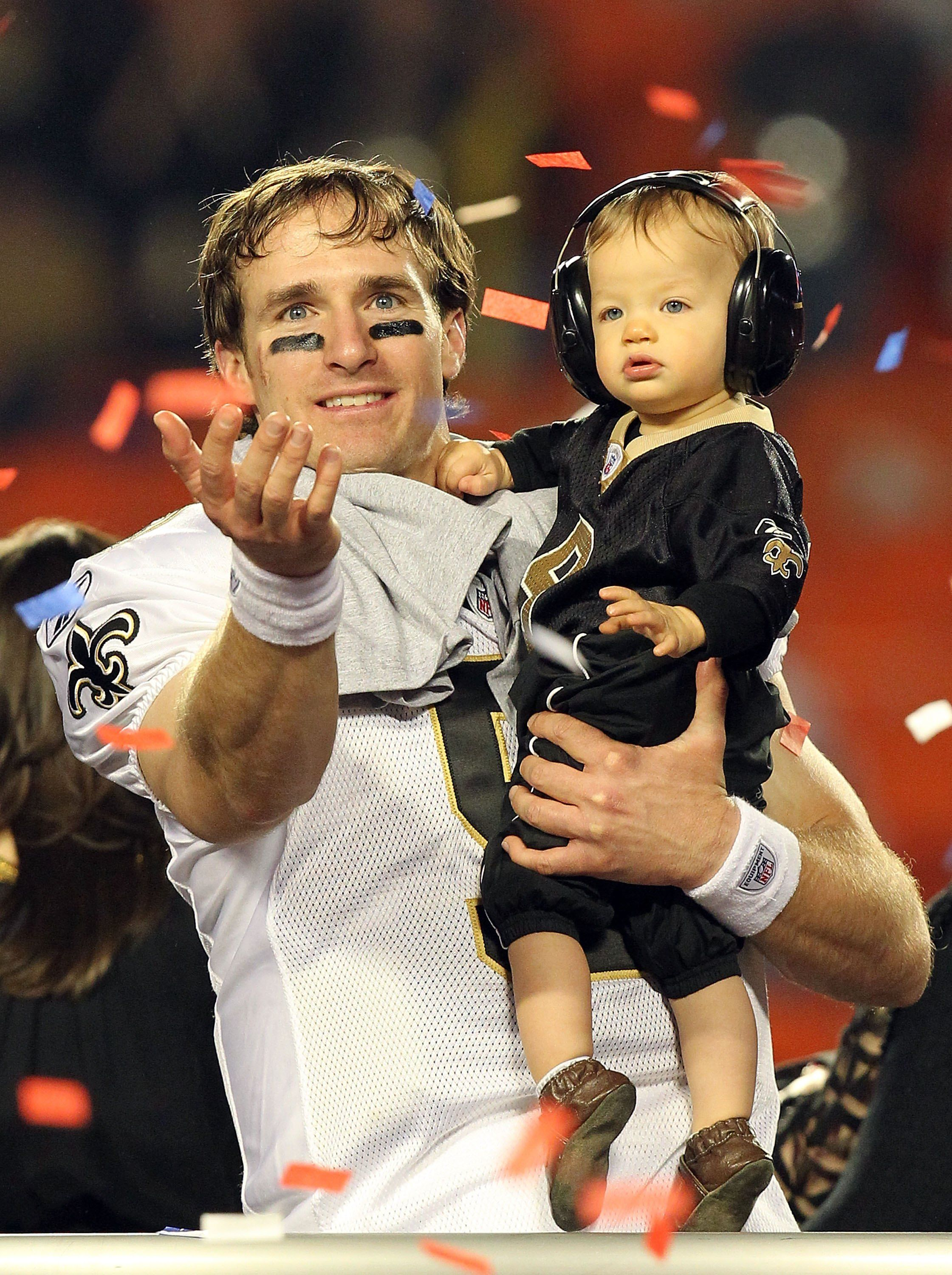 The 20 Sexiest Nfl Players We Want Playing In Our Field New Orleans Saints Father S Day Specials Athlete