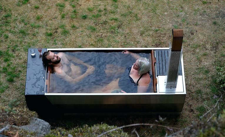 Amazing Wood Fired Hot Tub Build Guide Originally A Scandinavian Canadian Concept Offers You Simple Eco Friendly Way Tous Diy Hot Tub Outdoor Tub Cedar Hot Tub