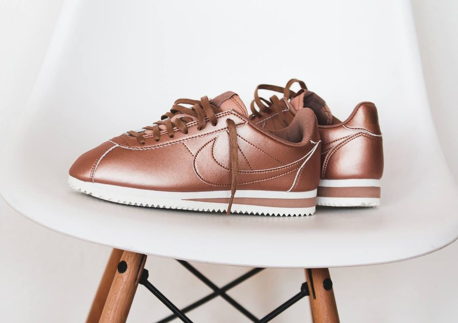 nike cortez femme leather bronze