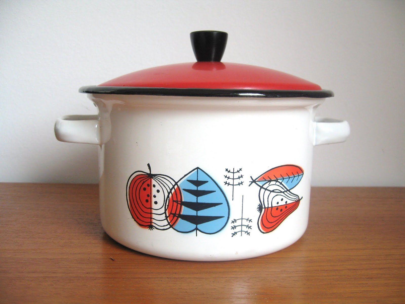 Scandinavian Enamel Cookware Google Search Enamel Cookware Nordic Design Scandinavian Design