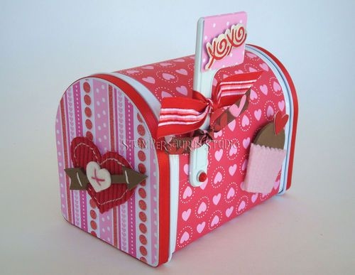 as promised here is one of the valentine mailboxes thanks for visiting - Valentine Mailboxes