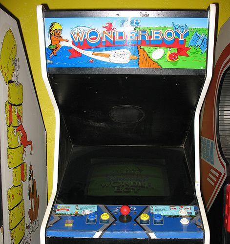 Borne D'arcade De Wonderboy, C'est Bizarre J'ai Associé Ce Type De Borne D'arcade à La Trop