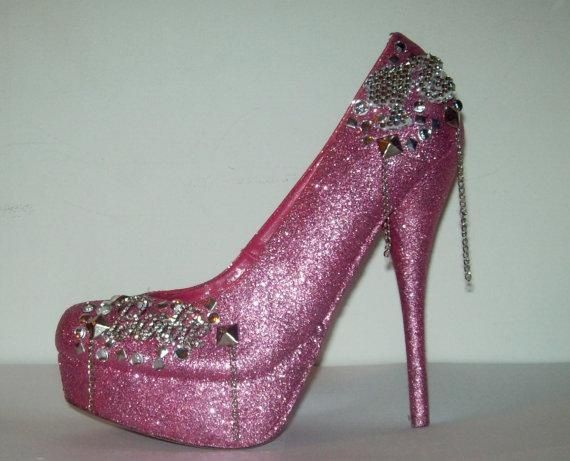 I found 'BARBIE COLLECTION Barbie Shoes' on Wish, check it out!