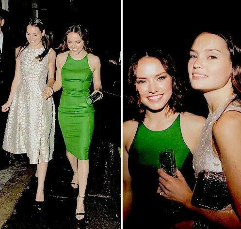 Daisyridley With Her Sister Kikarose In London May 14th Rey