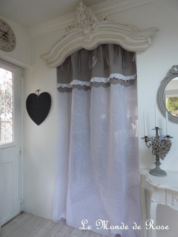 rideau frou frou gris lin et monogrammes rideaux. Black Bedroom Furniture Sets. Home Design Ideas