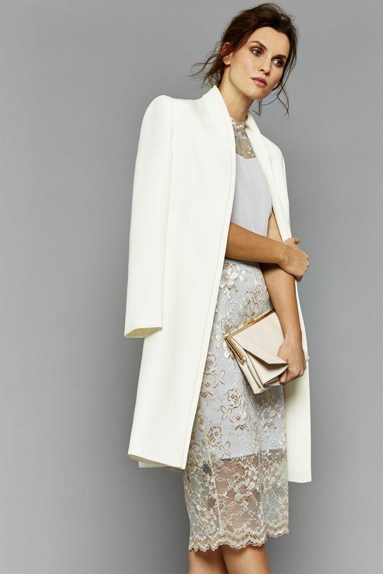 39386b44c836 Come vestirsi ad un matrimonio e un'idea con abito in pizzo e cappotto  bianco
