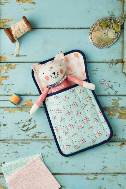 Sleepy Kitty - Free sewing patterns - Sew Magazine