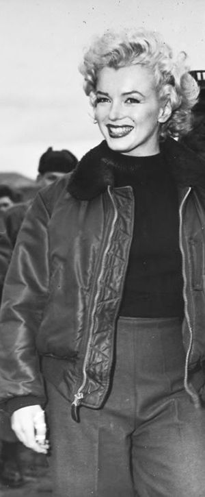 f9f1753cc8 1954: Marilyn Monroe visiting troops in Korea …. #marilynmonroe #pinup # monroe #normajeane #iconic #sexsymbol #hollywoodlegend #hollywoodactress  #1950s