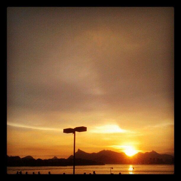 Pôr do sol em #Niterói - @fabilage- #webstagram