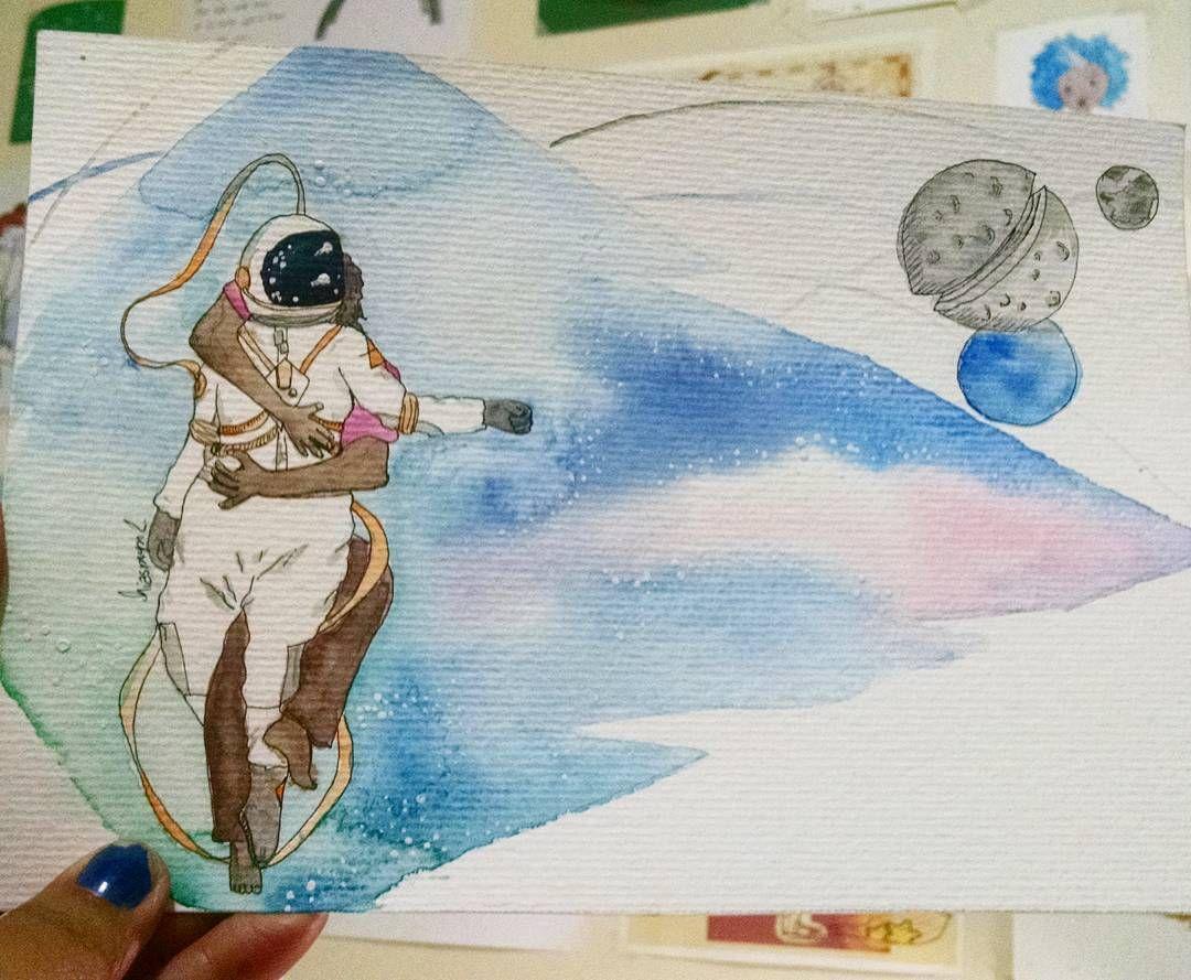 """75 curtidas, 5 comentários - Hiasmyn L. (@hiasmynl.ilustras) no Instagram: """"Você me segura sem o toque Você me prende sem correntes Eu nunca quis tanto algo  Quanto afogar no…""""    #sarabareilles #gravity #love #galaxy #couple #astronaut #blackartist #illustration #watercolor #aquarela #ilustração #astronauta #casal #galaxia"""