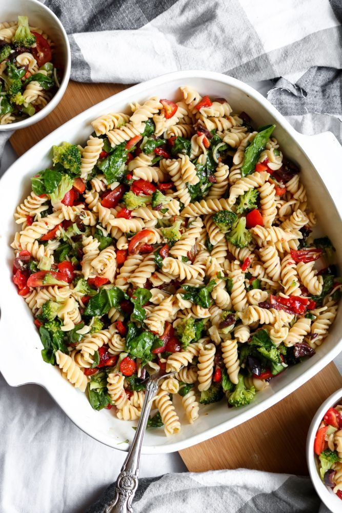 Simple Vegan Pasta Salad