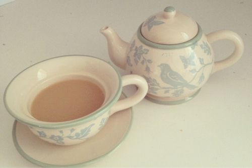 This tea for one is beautiful!
