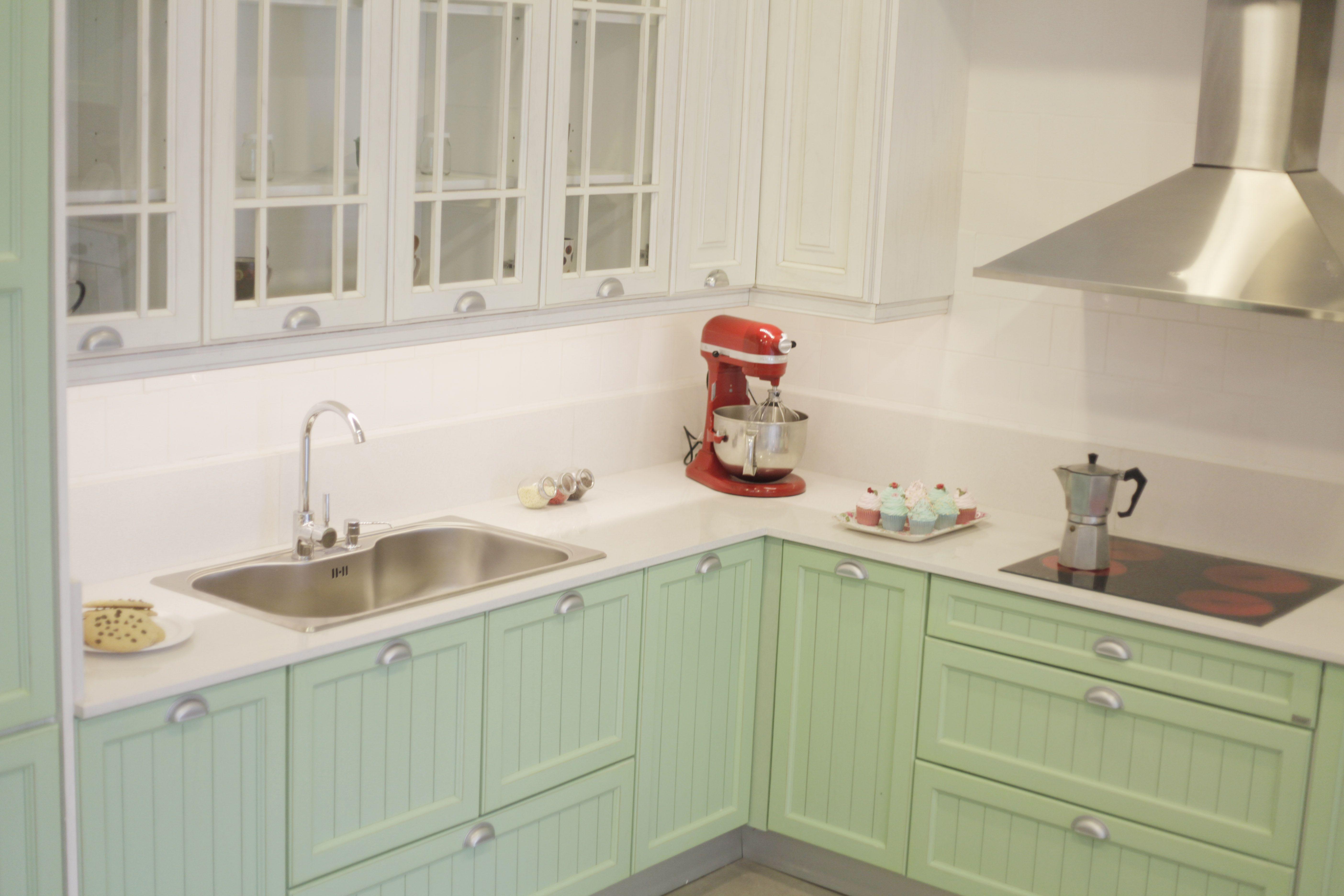 Amoblamiento De Cocina Linea Vintage En Color Verde Agua