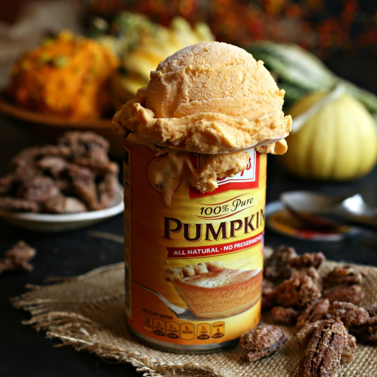 Pumpkin Cheesecake Ice Cream with Praline Pecans #cheesecakeicecream