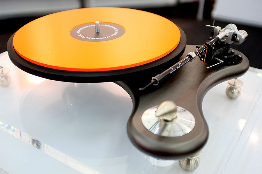 You Spin Me Right Round Turntables At High End Part 1 Turntable Spin Me Right Round Dj Equipment