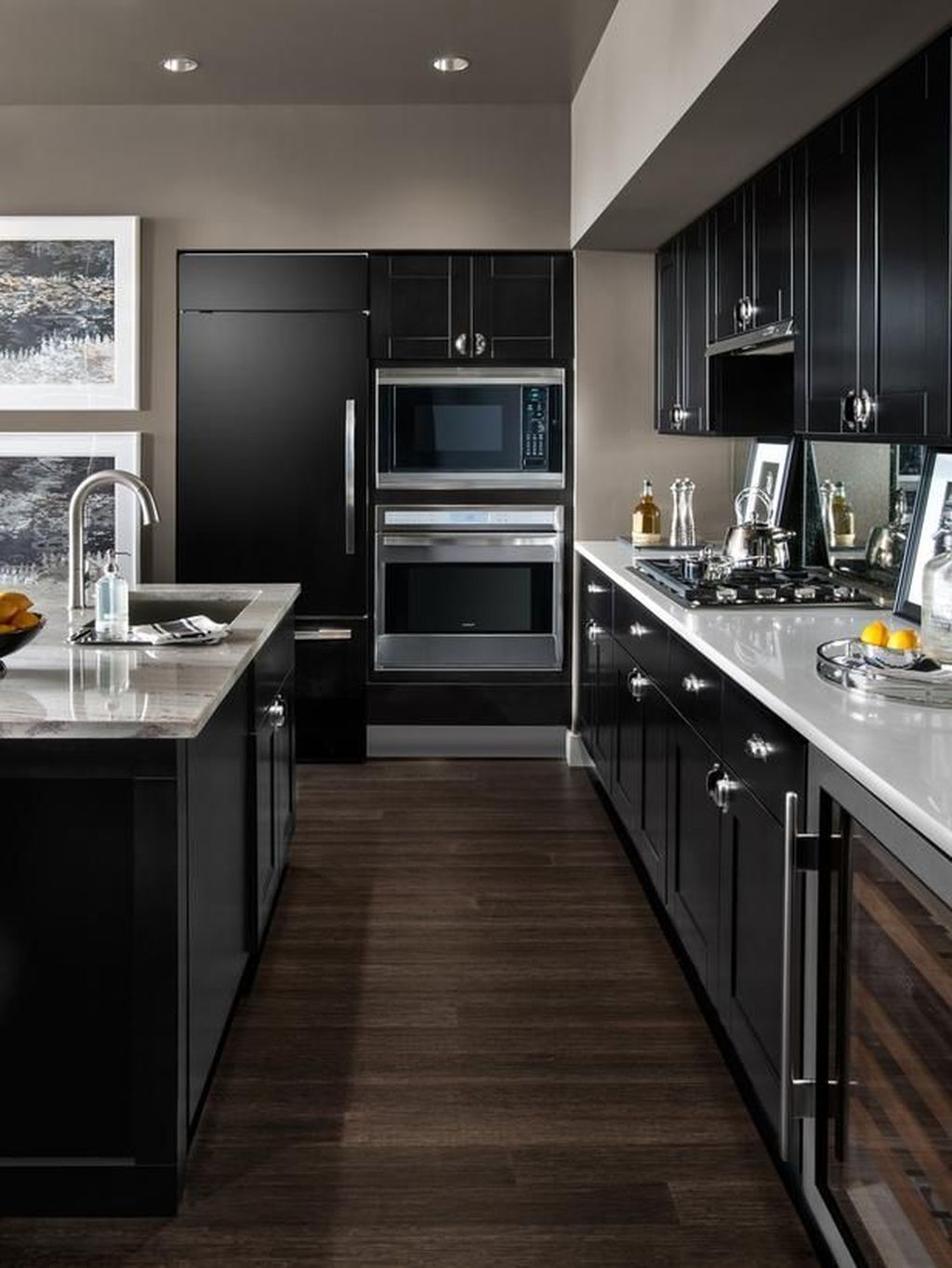 Nice 30 Popular Kitchen Color Scheme Ideas For Dark Cabinets Small Modern Kitchens Kitchen Design Small Interior Design Kitchen
