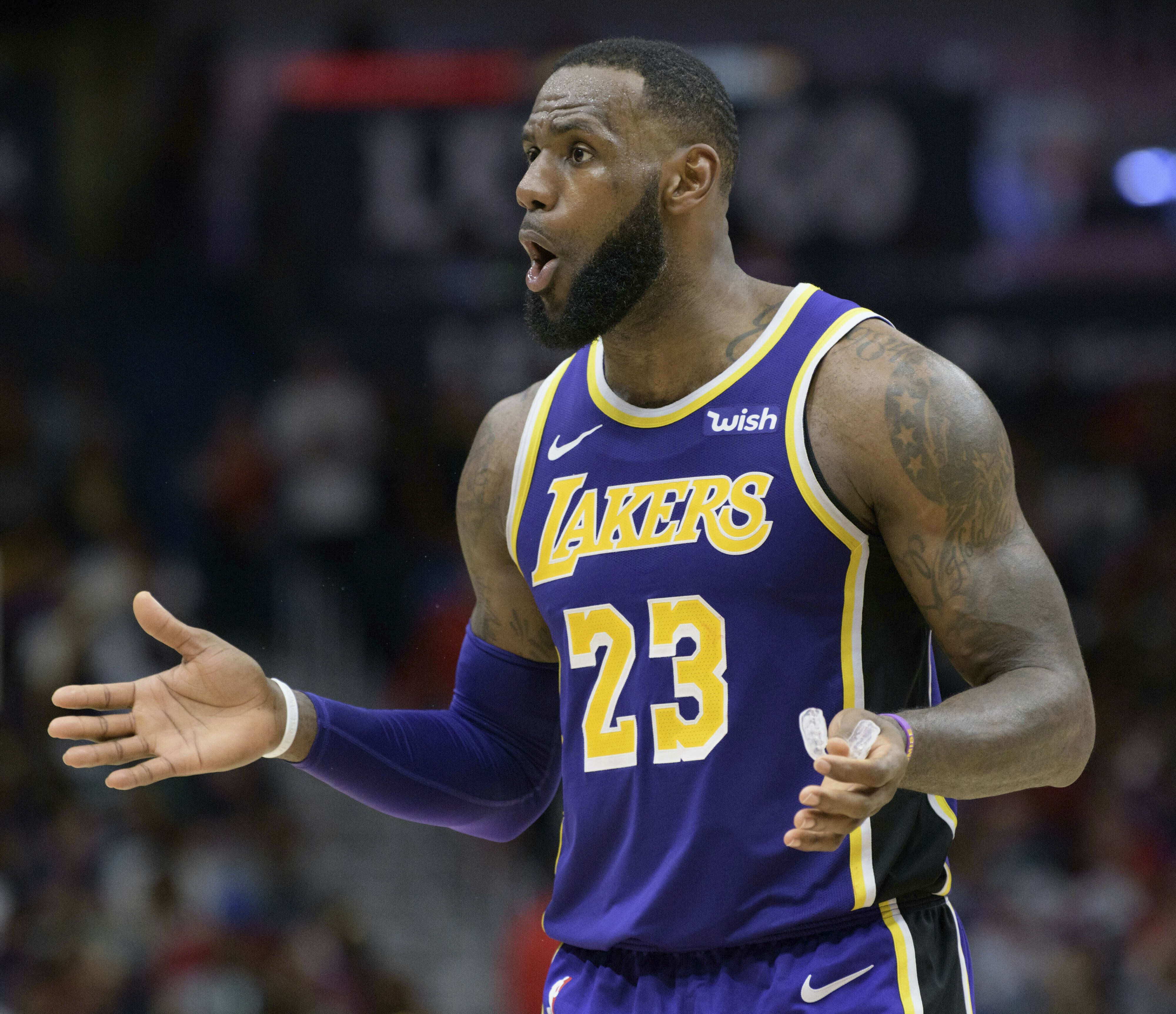 Nba Executive Lebron James Killed The Lakers Chemistry During Anthony Davis Trade Talks Yahoo Sports Nba E Detroit Sports Los Angeles Lakers Lebron James