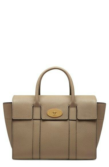 4469b7358d Mulberry bag made of saddle leather in color that can be worn three seasons.